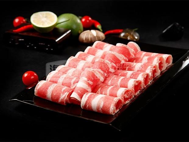 原来火锅食材店这样做才对!牛羊肉卷成招牌!