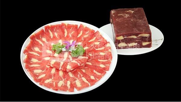 同样是牛肉,为什么牛排比牛肉卷贵那么多?