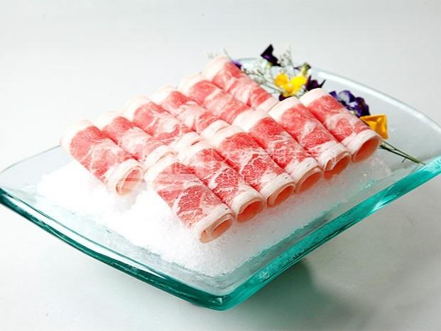 涮后不变色的羊肉卷能吃吗?为什么?